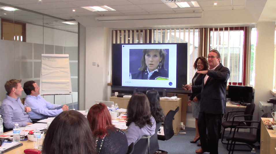 leadership communication training